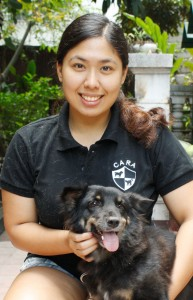 Photo from Hanna's visit to the CARA clinic, right before Blackie (dog) flew to his new home, California, USA.