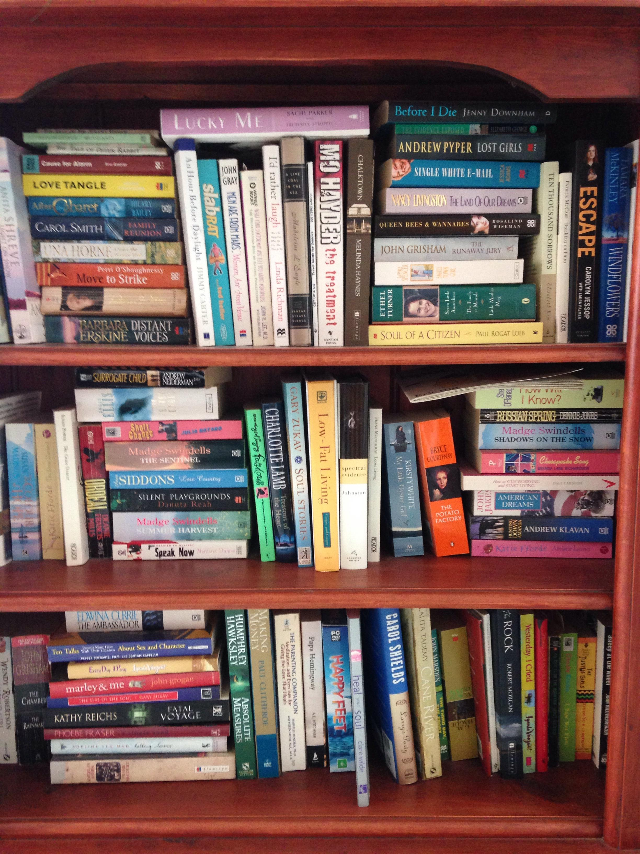 Please donate bookshelves to CARA