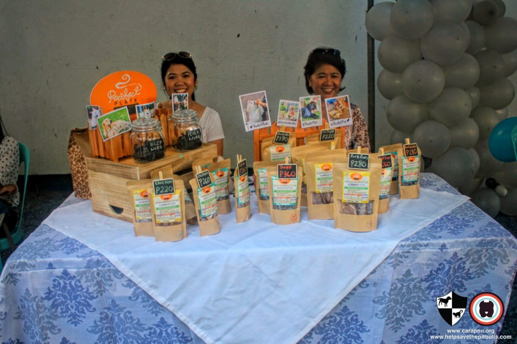 Oct 2017 Ayala Alabang Village Dog Park CARA Welfare Philippines Event healthy snacks