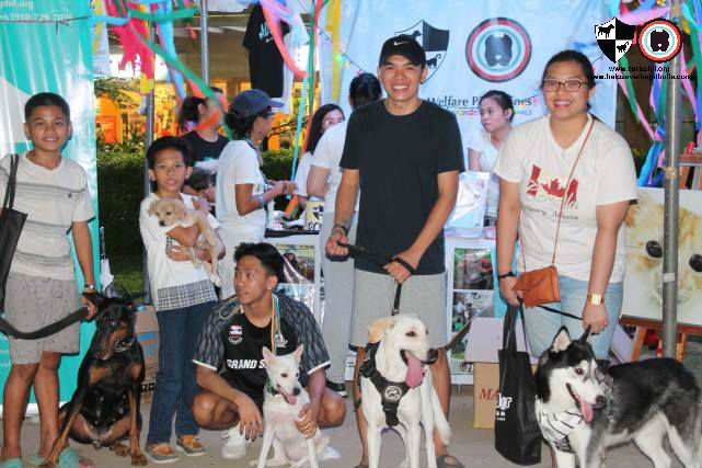 CARA Welfare Philippines booth visitors at Pet Summit 2018